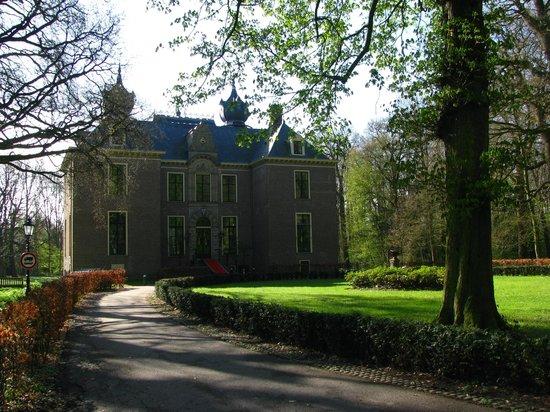 Landgoed Kasteel Oud-Poelgeest: Kasteel