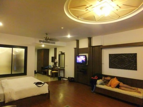 Ao Nang Naga Pura Resort & Spa: Spacious Delux Room