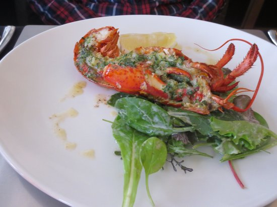 It Rains Fishes: The Canner lobster with parseley butter
