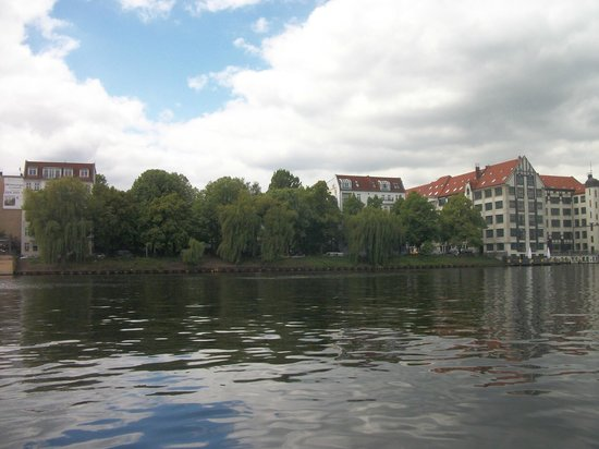 Eastern Comfort Hotelschiff: View from the boat