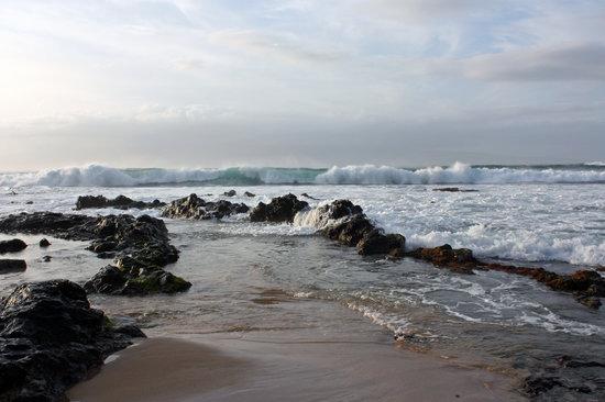 Napili Surf Beach Resort : Sunset over Napili (literally 10 yards from the resort)