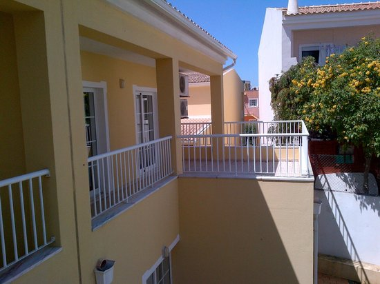 Villas Barrocal: North Facing Balcony with sea views from corner
