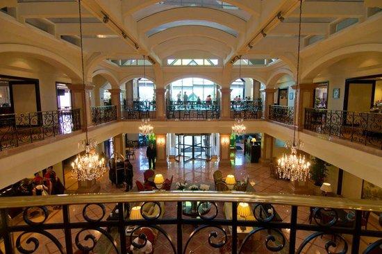 JW Marriott Hotel Rio de Janeiro: Main lobby and mezzanine