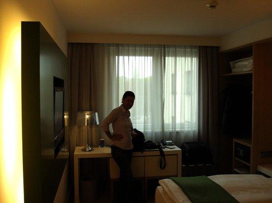 NH Berlin Potsdamer Platz: Room 2