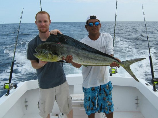 Costa Rica Sport Fishing on the Predator : Austin, Frank & Lunch