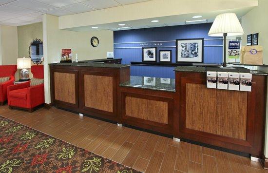 Hampton Inn Jasper : Front Desk/lobby
