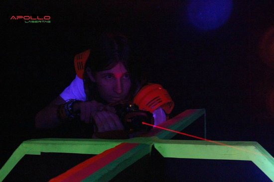 Apollo Lasertag: Keep low and don't get hit