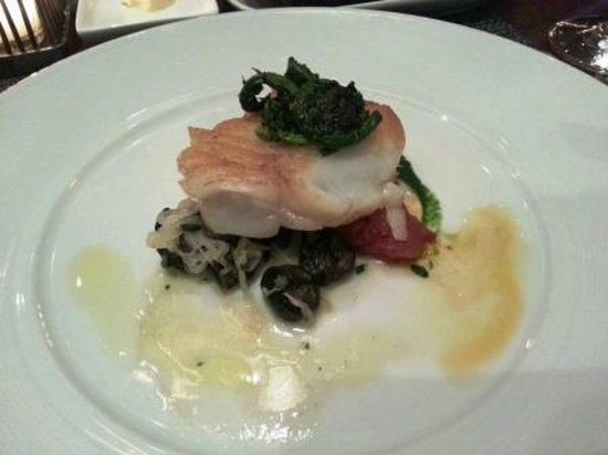 Colicchio & Sons Tap Room: Day boat Cod fish with Escargot