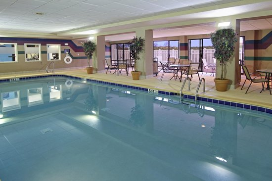Hampton Inn Jasper : Pool and whirlpool