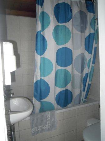 Ledra Apartments: bagno