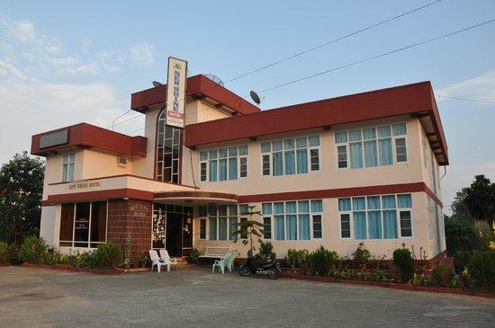New Shine Hotel