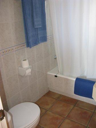 Carpe Diem Cadaqués: Baño