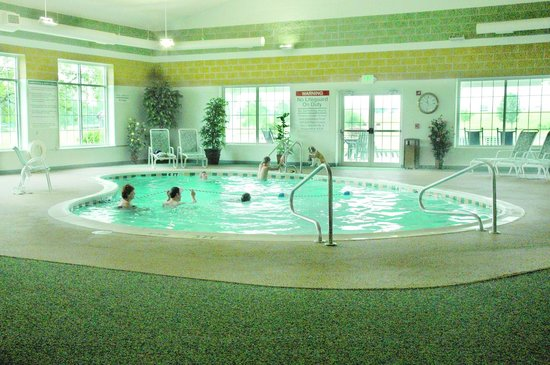 Essenhaus Inn & Conference Center: Pool