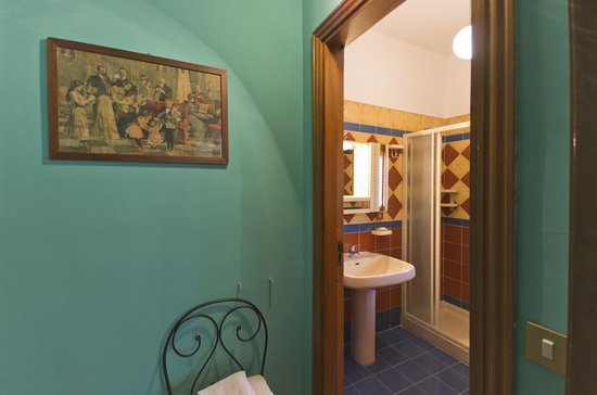 Benfratelli B&B : Bagno stanza Garibaldi