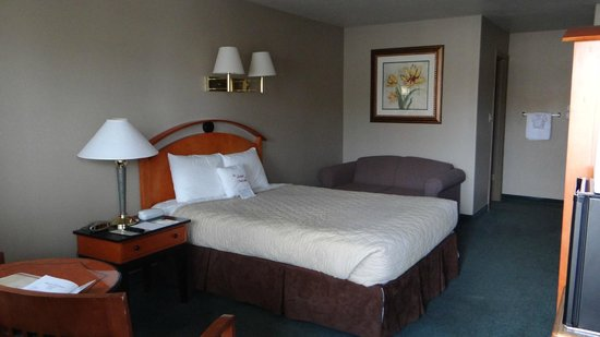 Whispering Sands Motel : chambre
