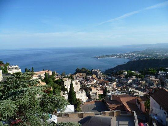 Villa Sara: vue depuis la terrasse de la chambre