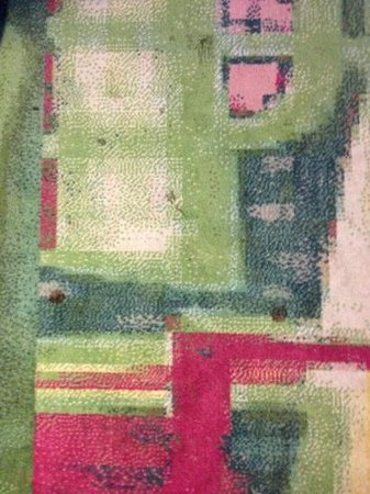 Art Hotel Rotterdam: Stained carpets