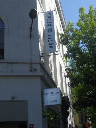 Hotel Retro: Edificio