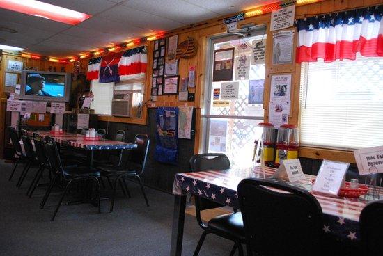 Fort Laramie American Grill & Restaurant: sala ristorante