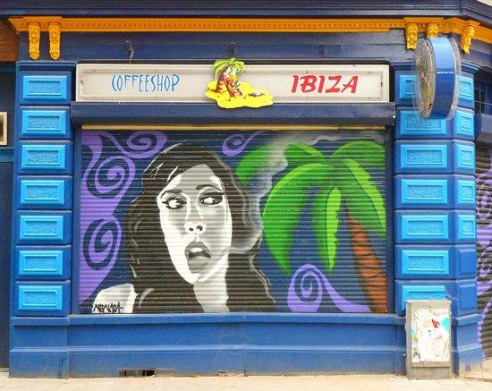 Coffeeshop IBIZA Amsterdam: Grafiti
