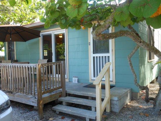 Rolling Waves Cottages: Cottage 8