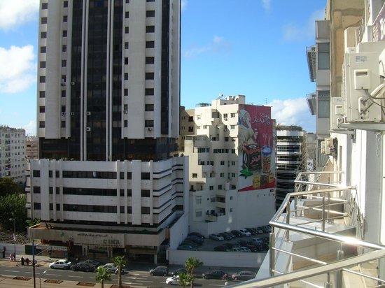 Business Hotel : vue a partir du balcon de l'hotel