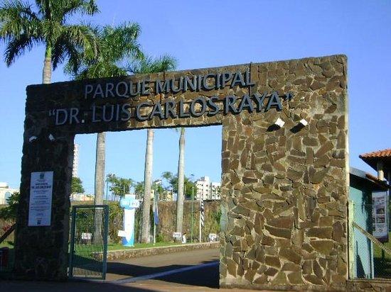Ribeirao Preto, SP: entrada principal