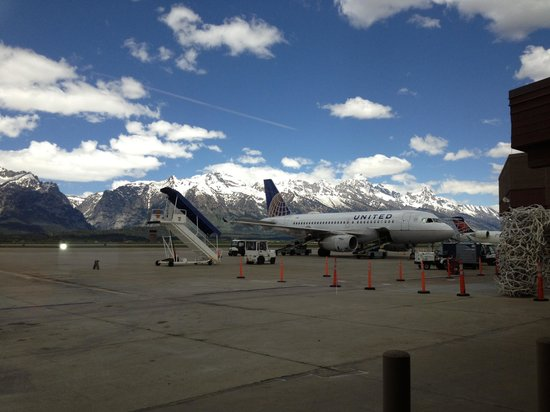 The Lexington at Jackson Hole Hotel & Suites: Jackson hole airport