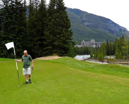 Banff Springs Golf Course: The Banff springs Hotel, nearby