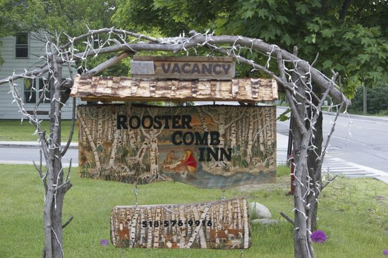 RoosterComb Inn: have you ever seen a motel sign like this?