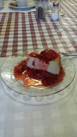 The Ronneburg Restaurant: Best cheesecake ever