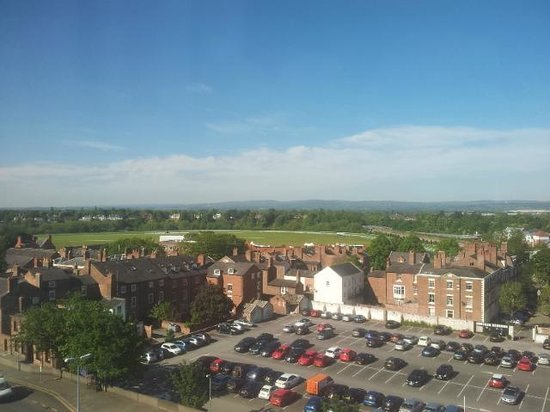 Crowne Plaza Chester: View from Room 334