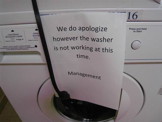 Hampton Inn & Suites Peru: Washing machine out of order for three days