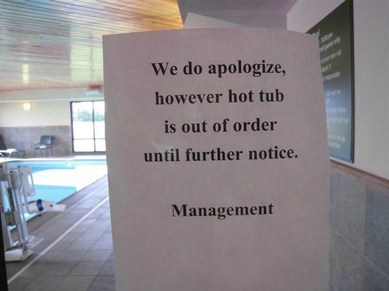 Hampton Inn & Suites Peru: Jacuzzi out of order for three days.