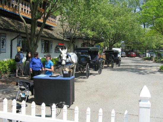 Bavarian Inn Restaurant: Horse and carriages
