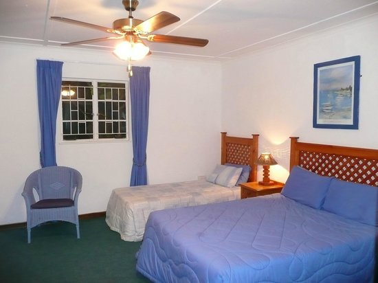 Ocean View Hotel: Inside the cottage