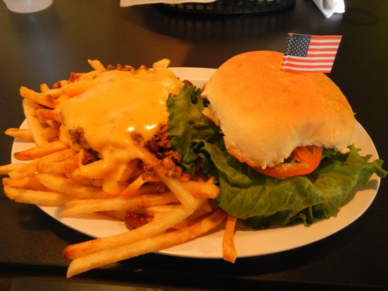 Betty Bombers: Cheeseburger and Fries