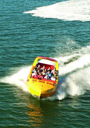 Gold Coast Jet X: Approaching a Turn