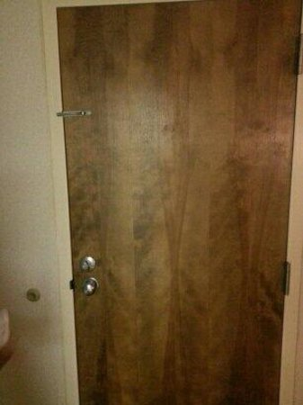 Wyndham Garden Amarillo: Interior side of room door.
