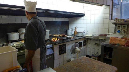 Trattoria Sostanza: The chef in the kitchen