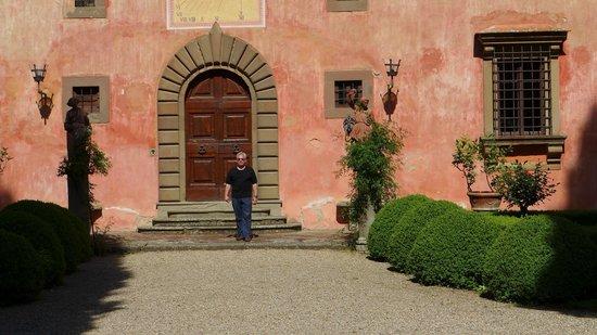 Vignamaggio: Doors to Villa