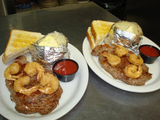 The Grille On Main: Surf & Turf