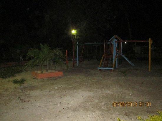 Hotel Isla Arena Plaza: Parque niños