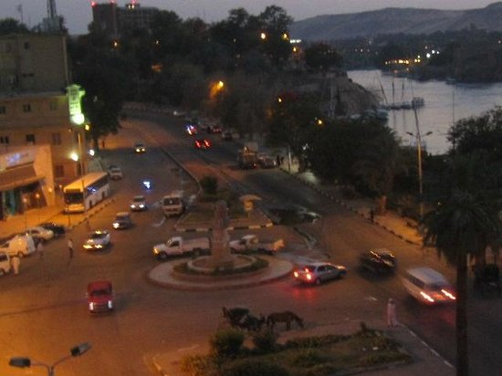 Nile Hotel Aswan : view from room at night