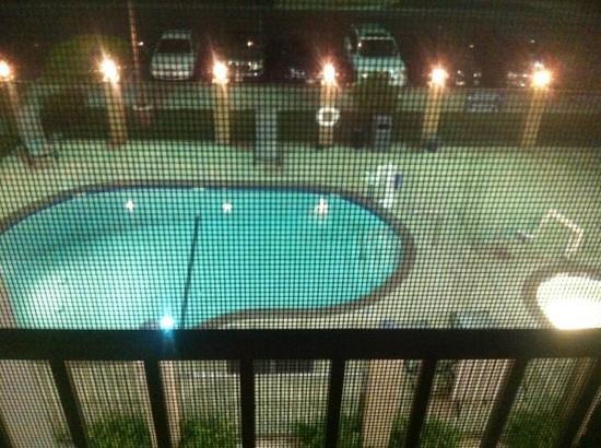 Holiday Inn Express Lancaster: pool