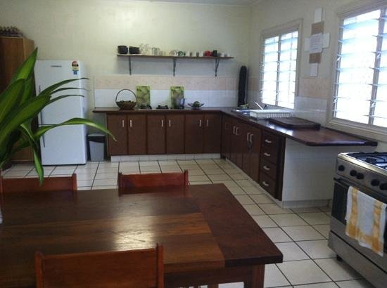 Tropicana Motel & Backpackers: the enormous and well stocked kitchen