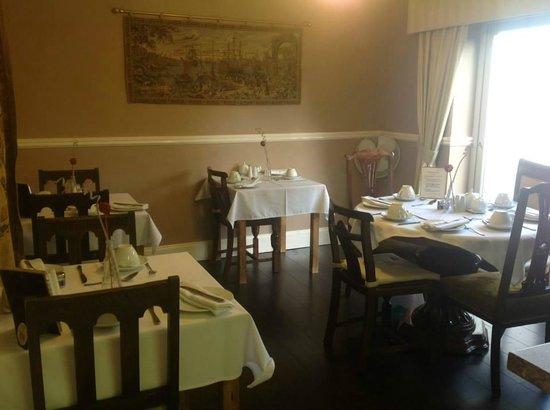 Arden House: Dining Area
