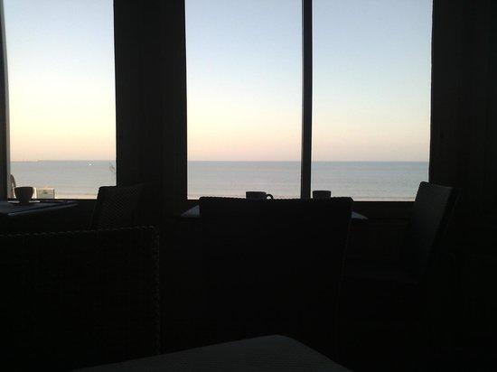 L'Empreinte: Vue de la salle du petit déjeuner
