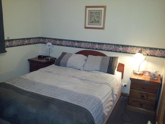 Tanunda Cottages: Main bedroom