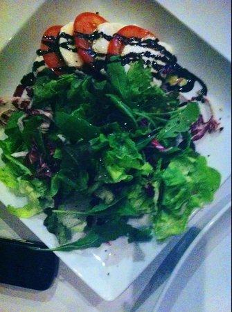Le Classico: mozzarella Salad